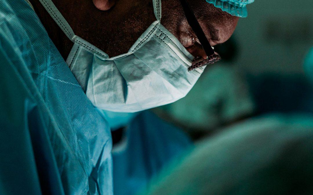 Convocatoria Becas de Inscripción al Curso de entrenamiento en Laparoscopia Urológica