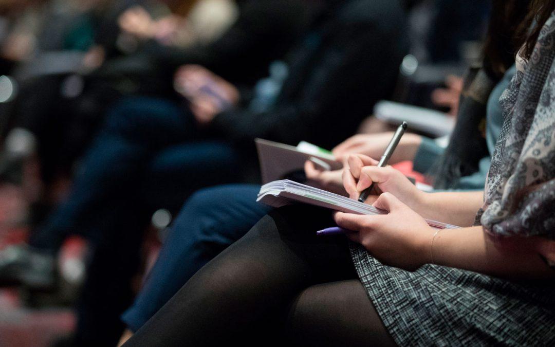 Convocatoria Becas de Inscripción al XXXI Congreso AAU